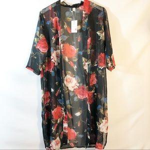 LYJ Fashion Rose print  Kimono size XL NWT